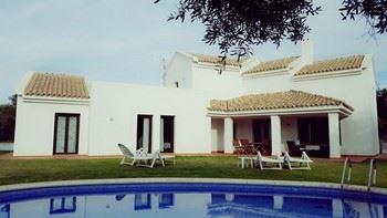 Alquier de Villa en Chiclana de la Frontera, Cádiz para un máximo de 8 personas con 4 dormitorios