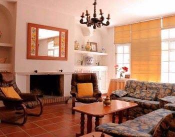 Alquier de Casa rural en Castilblanco, Badajoz para un máximo de 12 personas con 4 dormitorios