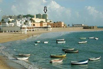 Alquier de Piso en Cádiz, Cádiz para un máximo de 4 personas con 2 dormitorios