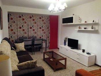 Alquier de Piso en Zaragoza, Zaragoza para un máximo de 6 personas con 3 dormitorios
