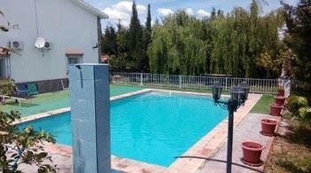 Alquier de Casa en Villamartin, Cádiz para un máximo de 6 personas con 3 dormitorios