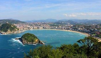 Alquier de Villa en Donostia, Vizcaya para un máximo de 14 personas con 4 dormitorios