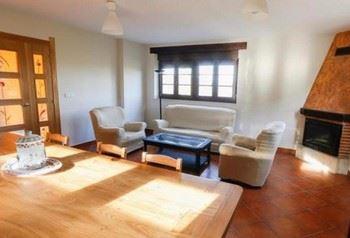 Alquier de Casa en Aguilar de Campoo, Palencia para un máximo de 6 personas con 3 dormitorios