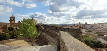 Alquier de Casa en Valencia de Alcántara, Cáceres para un máximo de 6 personas con 3 dormitorios
