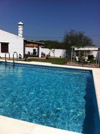 Alquier de Villa en Conil de la Frontera, Cádiz para un máximo de 6 personas con 3 dormitorios