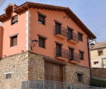Alquier de Casa rural en Cubla, Teruel para un máximo de 18 personas con 6 dormitorios
