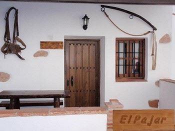 Alquier de Casa rural en Málaga, Málaga para un máximo de 6 personas con 3 dormitorios