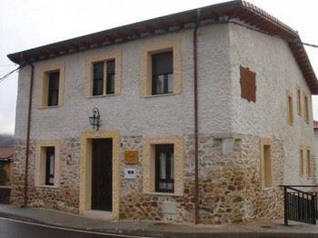 Alquier de Casa en Pardesivil, León para un máximo de 8 personas con 4 dormitorios