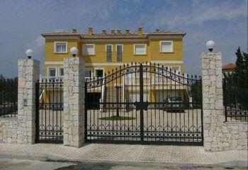 Alquier de Chalet en Oliva, Valencia para un máximo de 5 personas con 2 dormitorios