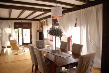 Alquier de Chalet en Marbella, Málaga para un máximo de 17 personas con 6 dormitorios