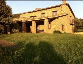 Alquier de Casa rural en Alía, Cáceres para un máximo de 16 personas con 6 dormitorios