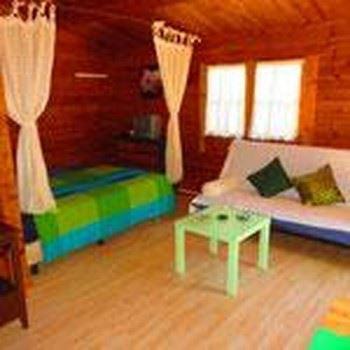 Alquier de Casa en Zahora, Cádiz para un máximo de 4 personas con  1 dormitorio