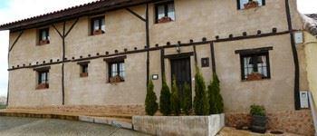 Alquier de Casa en San Cristóbal de Boedo, Palencia para un máximo de 16 personas con 8 dormitorios