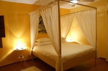 Alquier de Otros en Genalguacil, Málaga para un máximo de 4 personas con  1 dormitorio