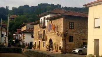Alquier de Casa en Rudagüera, Cantabria para un máximo de 8 personas con 4 dormitorios