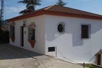 Alquier de Casa rural en Zagrilla Alta, Córdoba para un máximo de 10 personas con 4 dormitorios