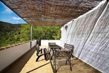 Alquier de Casa rural en Laroya, Almería para un máximo de 6 personas con 3 dormitorios