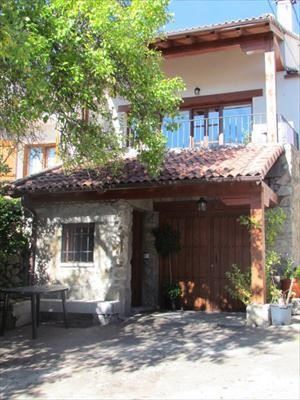 Alquier de Casa rural en Barajas, Ávila para un máximo de 7 personas con 3 dormitorios