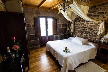 Alquier de Casa rural en Cereixo, La Coruña para un máximo de 1 persona con  1 dormitorio