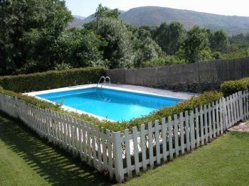 Alquier de Casa en Villanueva de Ávila, Ávila para un máximo de 6 personas con 3 dormitorios