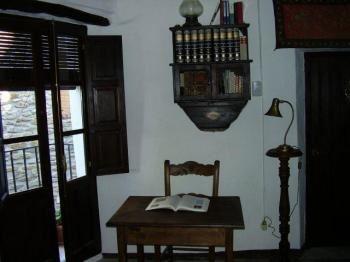 Alquier de Casa en Capileira, Granada para un máximo de 4 personas con 3 dormitorios
