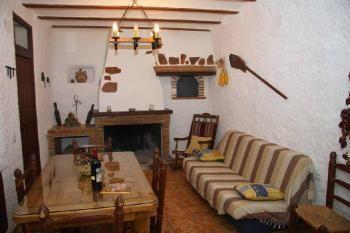 Alquier de Cueva en Castilléjar, Granada para un máximo de 6 personas con  1 dormitorio
