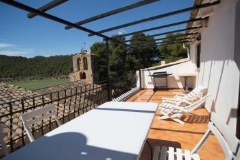 Alquier de Casa rural en Caseres, Tarragona para un máximo de 8 personas con 4 dormitorios