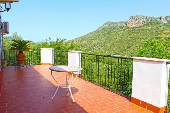Alquier de Apartamento en Ubrique, Cádiz para un máximo de 10 personas con 4 dormitorios