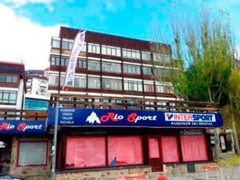 Alquier de Apartamento en Pradollano, Granada para un máximo de 5 personas con  1 dormitorio