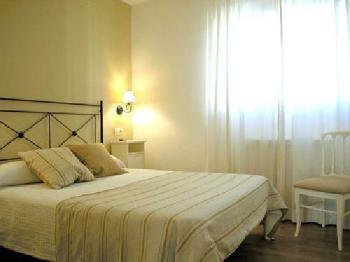Alquier de Casa rural en Uncastillo, Zaragoza para un máximo de 2 personas con  1 dormitorio