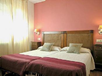 Alquier de Casa rural en Uncastillo, Zaragoza para un máximo de 3 personas con  1 dormitorio