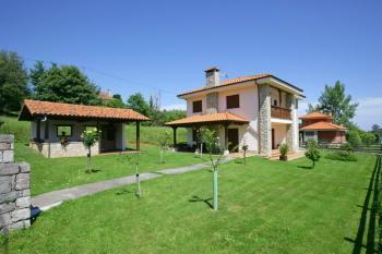 Alquier de Casa rural en Parres, Asturias para un máximo de 8 personas con 4 dormitorios