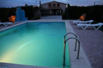 Alquier de Casa rural en Pozo Alcón, Jaén para un máximo de 9 personas con 4 dormitorios