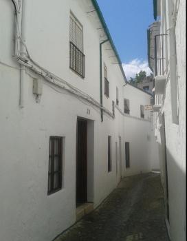 Alquier de Casa rural en Priego de Córdoba, Córdoba para un máximo de 6 personas con 3 dormitorios