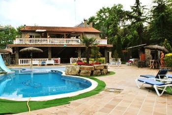 Alquier de Casa rural en Sant Antoni de Villamajor, Barcelona para un máximo de 25 personas con 5 dormitorios