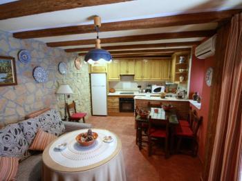 Alquier de Casa rural en Iznatoraf, Jaén para un máximo de 8 personas con 3 dormitorios
