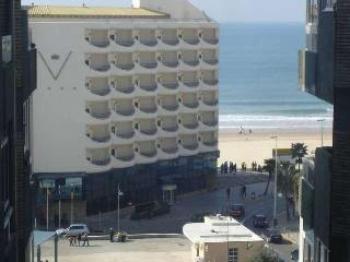 Alquier de Estudio en Cádiz, Cádiz para un máximo de 4 personas con  1 dormitorio