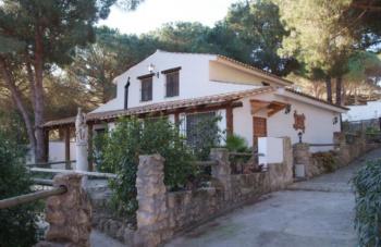 Alquier de Casa rural en Barbate, Cádiz para un máximo de 5 personas con 2 dormitorios