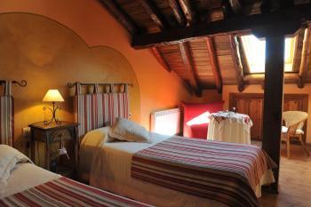 Alquier de Casa rural en Aguilafuente, Segovia para un máximo de 8 personas con 3 dormitorios