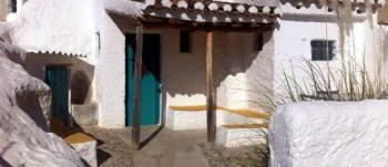Alquier de Cueva en Baza, Granada para un máximo de 5 personas con 2 dormitorios