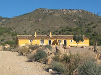 Alquier de Casa rural en Murcia, Murcia para un máximo de 10 personas con 3 dormitorios