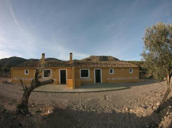 Alquier de Casa rural en Murcia, Murcia para un máximo de 16 personas con 4 dormitorios