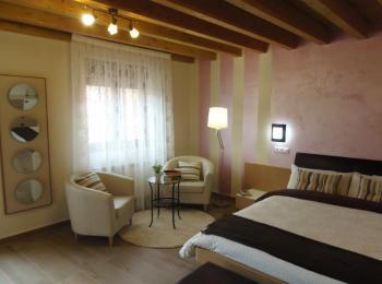 Alquier de Casa rural en Villalcázar de Sirga, Palencia para un máximo de 9 personas con 3 dormitorios