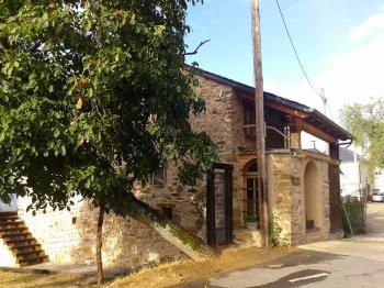 Alquier de Casa rural en Tedejo, León para un máximo de 6 personas con 3 dormitorios