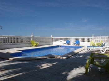 Alquier de Apartamento en Chiclana de la Frontera, Cádiz para un máximo de 5 personas con  1 dormitorio