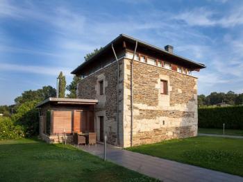 Alquier de Casa rural en Sarria,  para un máximo de 10 personas con 4 dormitorios