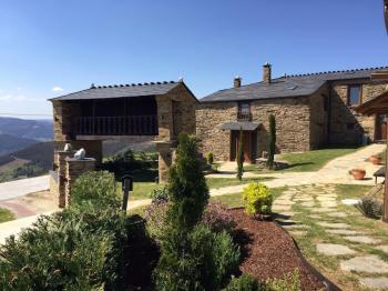 Alquier de Casa rural en Neipín, A Pontenova, Lugo para un máximo de 2 personas con  1 dormitorio