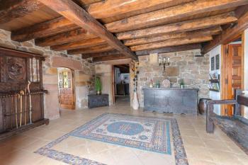 Alquier de Casa rural en Villar, Cantabria para un máximo de 20 personas con 8 dormitorios