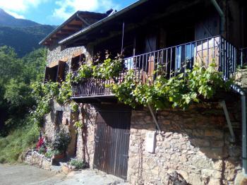 Alquier de Casa rural en Bellpui, Lleida para un máximo de 6 personas con 2 dormitorios
