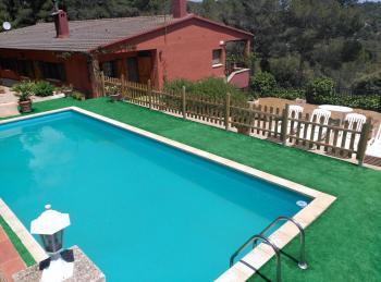 Alquier de Villa en Maspujols, Tarragona para un máximo de 9 personas con 4 dormitorios